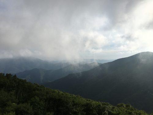 함백산 중턱에서 바라보는 태백산맥 줄기